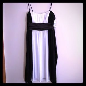 NWT City Triangles Slip On Dress